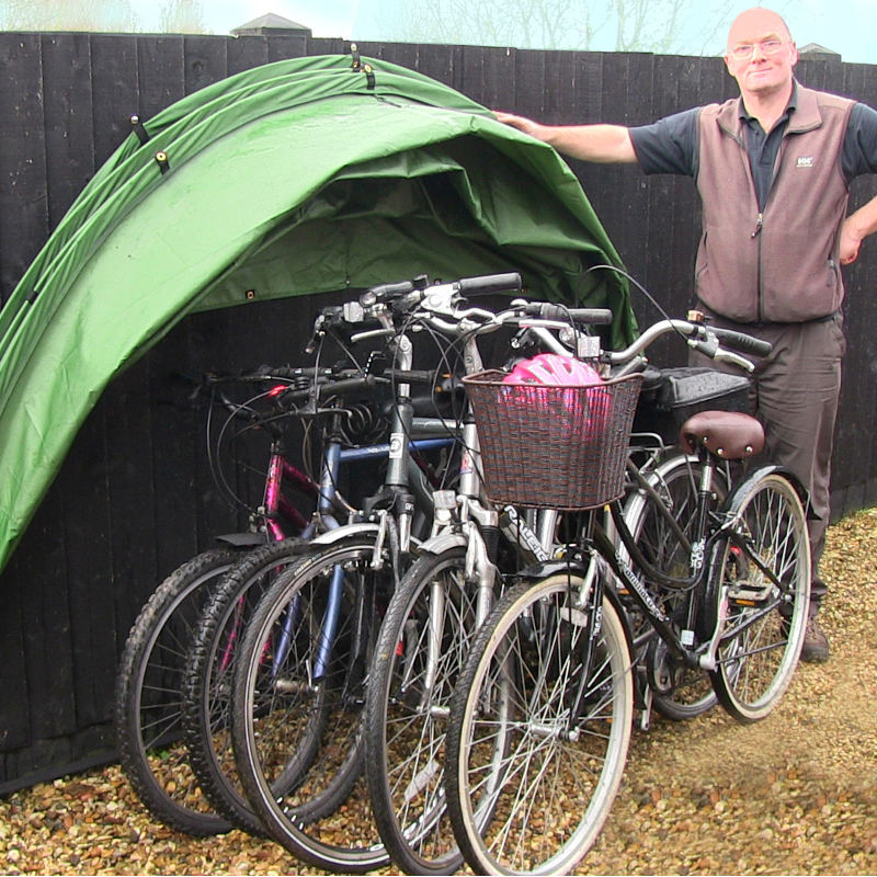 The hideyhood 90 outdoor bicycle storage system Outdoor bicycle