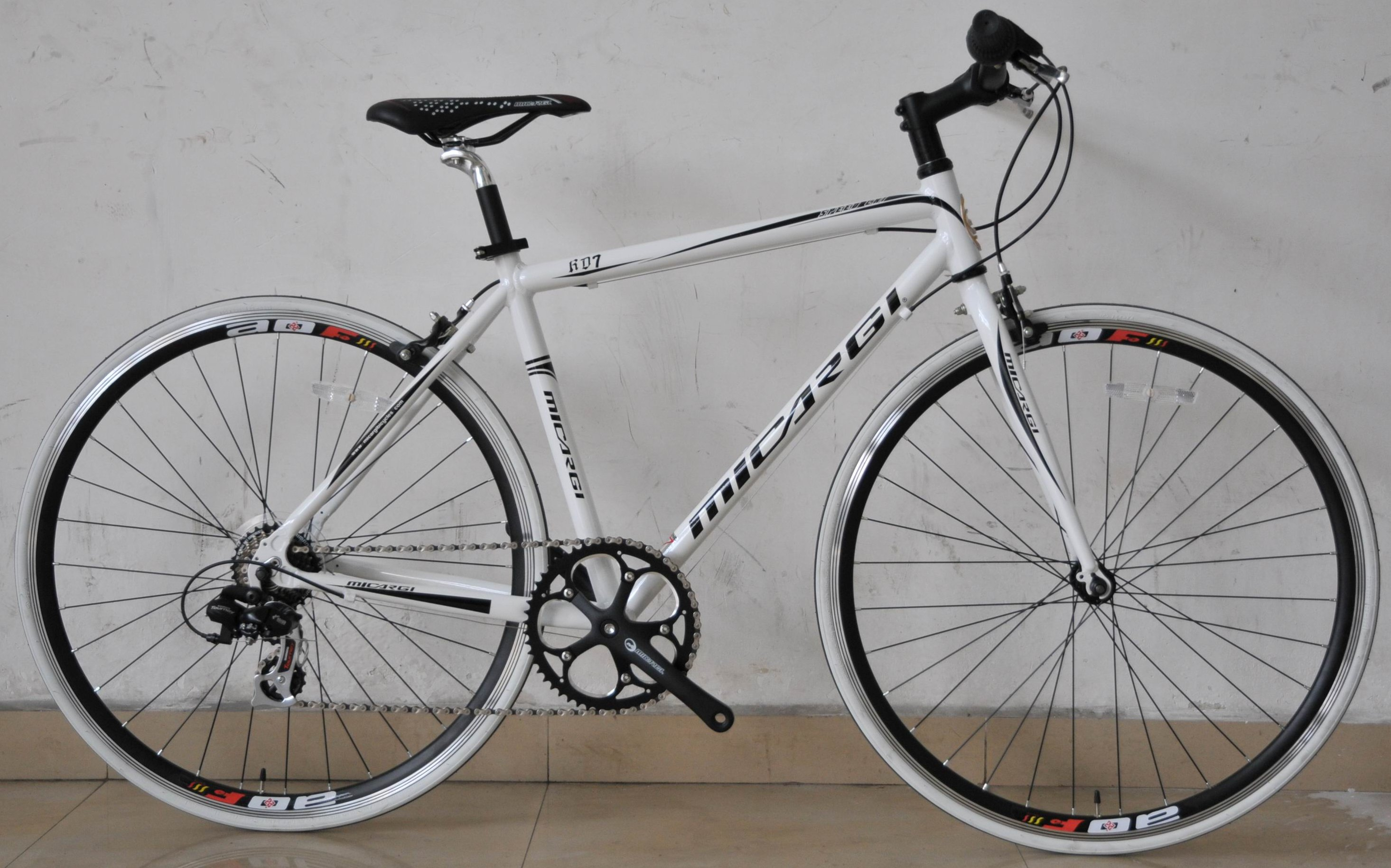 Micargi RD 7 Aluminum 7 Speed Shimano Road Bike